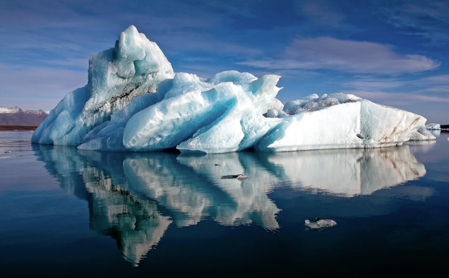iceberg-reflection-iceland