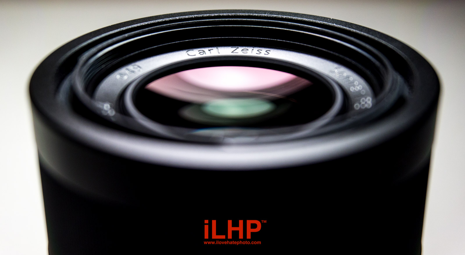 zeiss 55mm f1.8 build quality
